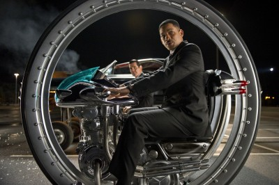 "In ""Men in Black 3"", Agent J (Will Smith) journeys back in time to work with a younger version of K (Josh Brolin)."