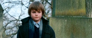 Young pupil Jack (Chandler Canterbury) takes his fascination with death to a cemetery.