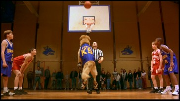 Still from Air Bud: Special Edition DVD - click to view screencap in full 720 x 480.