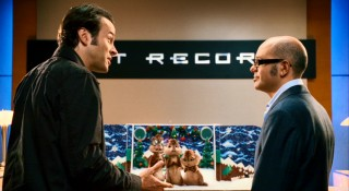 Dave tries to convince Ian that the chipmunks standing in his Christmas diorama can sing.