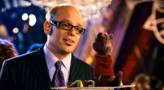 Jett Records Ian Hawke (David Cross) takes steps to earn Alvin's trust and support.