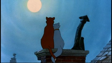 Still from The Aristocats: Special Edition DVD - click to view screencap in full 720 x 480.