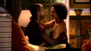 Roland (Sterling K. Brown) and Joan (Wendy Davis) get intimate in hopes of patching up their relationship.