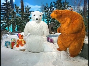 Look what Bear's lil' friends have made him! That's right - it's a snowbear!