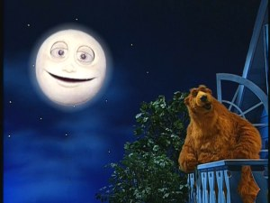 Bear and Luna sing goodnight.