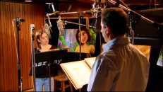 "Whether they're really recording lines together or just playing for the camera, Renee Zellweger and Jerry Seinfeld appear together in ""Inside the Hive: The Cast of 'Bee Movie'."""