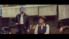 As the production documentary shows us, the elderly Benjamin Button is clearly not played by Brad Pitt on set, but a short man in a blue cap.
