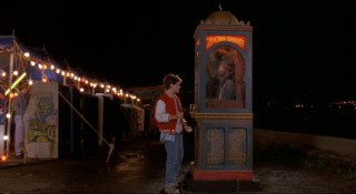 Young Josh Baskin (David Moscow) makes a wish with Zoltar to be big.
