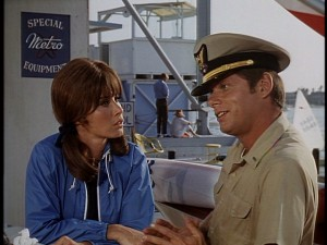 Look at that chemistry between Stefanie Powers and Robert Morse! What, you don't see it?