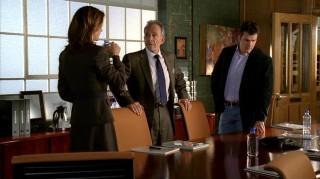 The three family members most involved with the Walkers' Ojai Foods company -- Sarah (Rachel Griffiths), Saul (Ron Rifkin), and Tommy (Balthazar Getty) -- talk business in an early Season 1 episode.