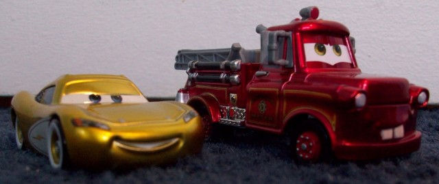Lightning McQueen and Mater have been spiffed up in gold and fire engine red, respectively, and are included as part of the Ultimate Cars Gift Pack.