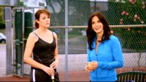 "Jules turns up her game to attract the notice of Ellie's fake boyfriend/tennis instructor in ""All the Wrong Reasons."""