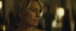 Roz (Robin Wright) attends her son's wedding with mixed feelings.