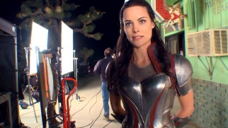 Jaimie Alexander (Thor's Lady Sif) provides a Field Report on her Asgardian Bar Fight scene.