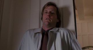 New town doctor Ross Jennings (Jeff Daniels) has a paralyzing fear of spiders.
