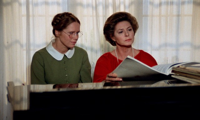 "Ingmar Bergman's ""Autumn Sonata"" reunites a daughter (Liv Ullmann) and mother (Ingrid Bergman) who haven't seen each other in seven years."