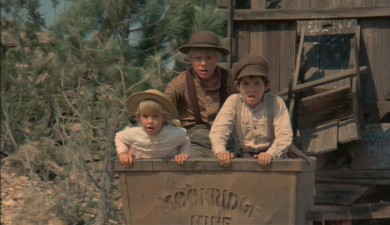 Stacy Manning, Clay O'Brien, and Brad Savage in THE APPLE DUMPLING GANG (1975)
