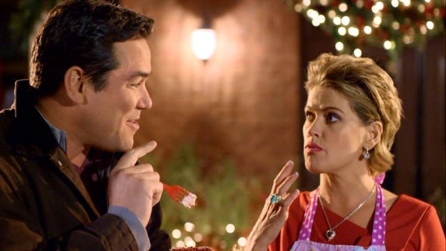 "Dean Cain and Kristy Swanson play a couple not meant to be in ""A Belle for Christmas."""