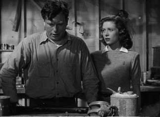 Homer (Harold Russell) struggles with the discomfort his hook hands will bring fiancée Wilma (Cathy O'Donnell) and other loved ones.