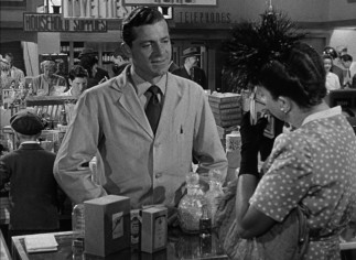 Lacking any desirable job skills, Fred Derry (Dana Andrews) makes the move from the Air Force to pharmacy perfume counter.