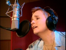 "Melissa Etheridge gives her all to the music of ""Brother Bear 2."""