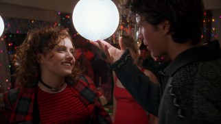 Rollin' with the homies... Tai (Brittany Murphy) and Elton (Jeremy Sisto) share a moment at a yuletide house party.