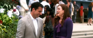 Cal (Steve Carell) and Emily (Julianne Moore) share a laugh that is bound to be incorporated on the cover art and menu screen.