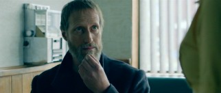 Simon (Christopher Heyerdahl) is certainly a weirdo. Whether he is also an exacting serial killer remains to be seen.