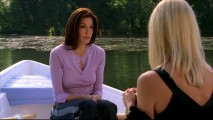 On an awkward boat ride, Susan struggles to confess her big slip-up to nemesis Edie Britt.