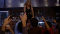 Lynette (Felicity Huffman) breaks it down Coyote Ugly-style.
