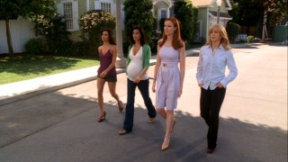 The housewives (Gabrielle, Susan, Bree, and Lynette) take a defiant stroll toward Edie's house.