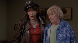 Accomplished actress Lily Tomlin assumes a recurring role playing Roberta Simmons, Mrs. McCluskey's (Kathryn Joosten) sleuthing sister.