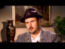 Executive producer and star's husband David Arquette looks like Don Konkey in his goateed, hat-wearing featurette appearances.