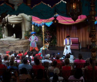 Kazoo, Jasmine, and Aladdin tell their story with the help of tiny audience members.