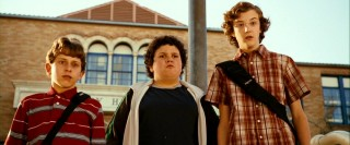 Flamboyant Emmit (David Dorfman), portly Ryan (Troy Gentile), and the gangly Wade (Nate Hartley) spot their tormentors just outside McKinley High.