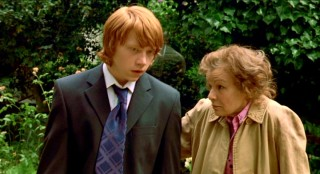 Ben Marshall (Rupert Grint) takes a job as a personal assistant to washed-up actress Evie Walton (Julie Walters).