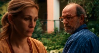 film review eat pray love essay Film review: eat pray love despite splendid scenery and an appealing julia  roberts, the film of elizabeth gilbert's best-seller about her.