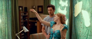 Having recently made a dress out of his curtains, Giselle fawns in front of Robert (Patrick Dempsey).