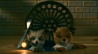 Kristofferson (voiced by Eric Chase Anderson) and Ash (Jason Schwartzman) put aside their differences and take it upon themselves to try to rescue Mr. Fox's tail.