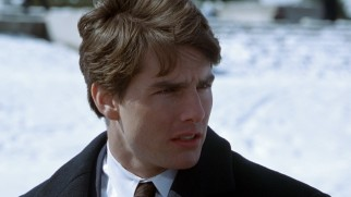 Outside the Lincoln Memorial, Mitch McDeere (Tom Cruise) has some troubling information revealed to him about the Memphis law firm that recently hired him.