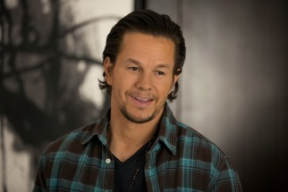 Dusty Mayron (Mark Wahlberg) is back in town and ready to again be part of his children's lives.