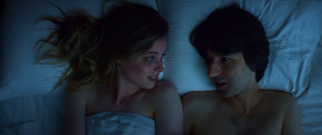 Dean (Demetri Martin) is much too quick to express feelings for improv performer Nicky (Gillian Jacobs).