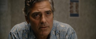 Matt King (George Clooney) receives the sad news that his longtime wife will not be recovering from her boating accident injuries.