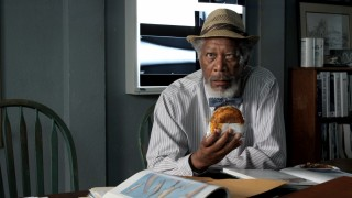 Morgan Freeman gets weird with a sandwich in the gag reel.