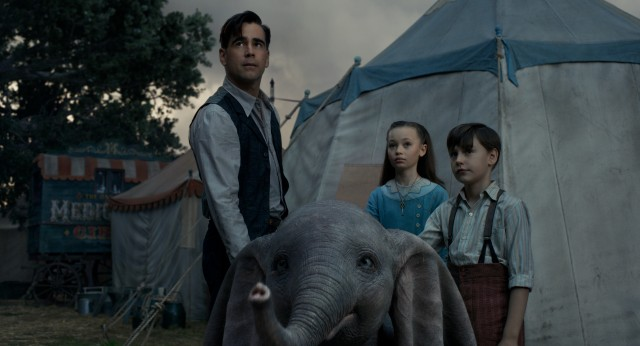 "In Tim Burton's ""Dumbo"", the large-eared elephant shares the spotlight with a circus family (Colin Farrell, Nico Parker, Finley Hobbins)."