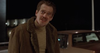 Carl Showalter (Steve Buscemi) does not appreciate a last-minute change in plans for the ransom payout.