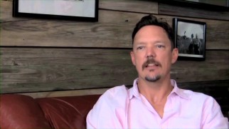 First-time director Matthew Lillard sports a goatee and a pink shirt as he sounds off in the making-of featurette.