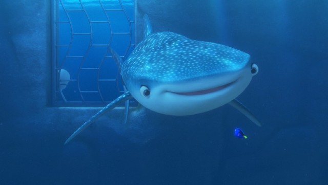 "Dory reconnects with her old ""pipe pal"" Destiny, a near-sighted whale shark."