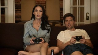 "Megan Fox schools Adam Scott on ""Gears of War"" in ""MJ Rocks at Video Games."""