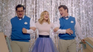 "Josh Gad, Kristen Bell, and Jonathan Groff sing but do not tell about ""The Making of 'Frozen.'"""